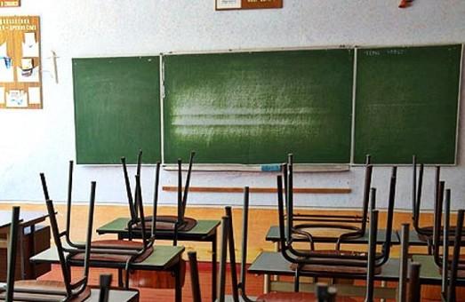 На вимушені канікули відправлені школярі з 42 шкіл Харківщини