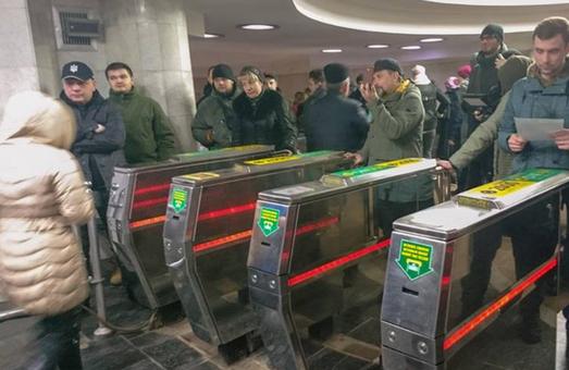 Кернес розповів, чому метро в Харкові залишається збитковим, незважаючи на подорожчання проїзду
