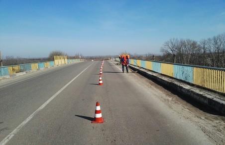Як ремонтують дороги Харківщині: звіт САД за тиждень (ФОТО)