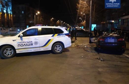 Потрійна аварія в центрі Харкова: травмовано п'ятеро людей (ФОТО)