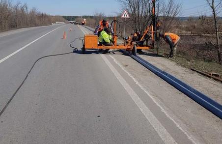 Харківські дорожники продовжують ремонт на дорогах державного значення (ФОТО)