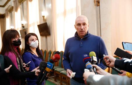 В Україну прибули ще 100 тис. ПЛР-тестів по лінії «Ярославського-Джека Ма»