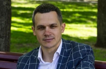 Губернатор Харківщини живе в квартирі любителя «Малоросії» - ЗМІ