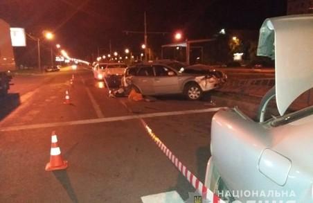Поліцейські встановлюють обставини ДТП на проспекті Перемоги у Харкові