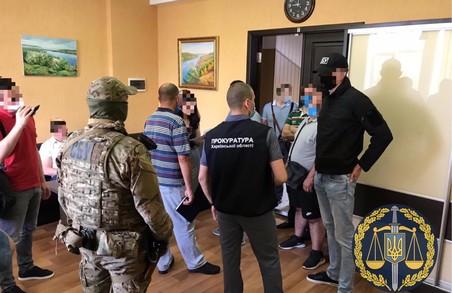 Розтрата державного майна: на заводі «Електроважмаш» проводяться обшуки (ФОТО)