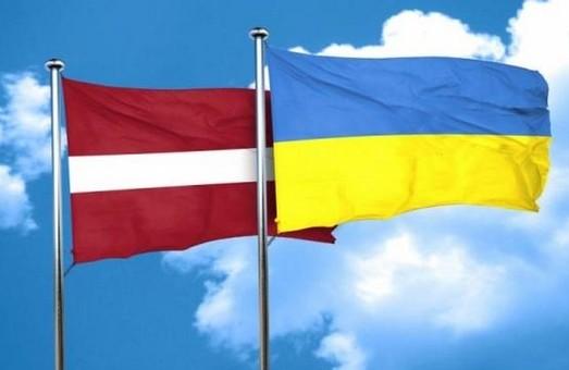 Юлія Світлична і посол Латвії Юріс Пойканс обговорили нові проекти на Харківщині