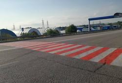 Дорожники Харківщини оновлюють дорожню розмітку та пішохідні переходи (ФОТО)