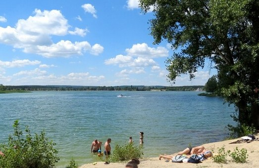 Купальний сезон на Харківщині: оновлено карту небезпечних пляжів