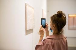 «Нейлонова» виставка Nude: у Муніципальній галереї вимкнули світло (ФОТО)