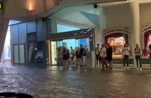 У Харкові стався масштабний потоп (ФОТО)