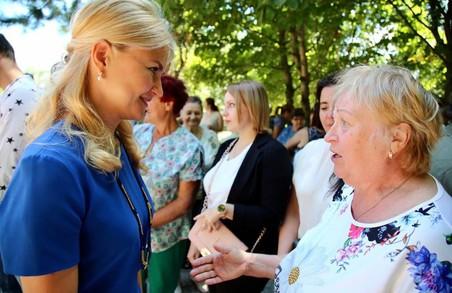 Жива розмова важливіша за наради та засідання: Світлична поспілкувалась з мешканцями Золочівській ОТГ