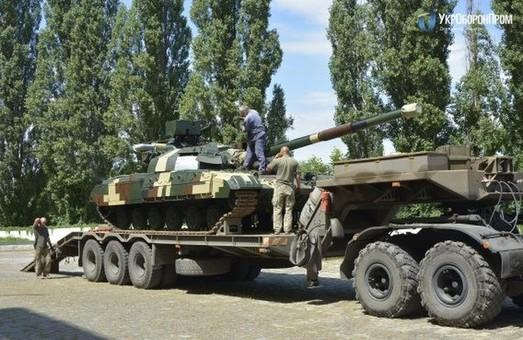 Харківський завод ім. Малишева передав військовим відновлені танки «Булат» (ФОТО)