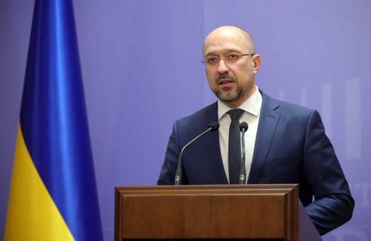 Прем'єр-міністр хоче дізнатися стан справ на Харківському авіазаводі