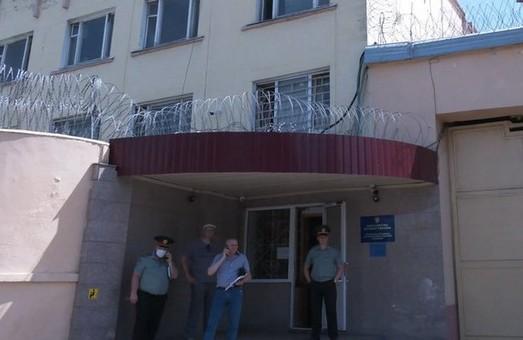 Стрілянина під Харковом: затриманого після нападу на автобус звільнили з СІЗО