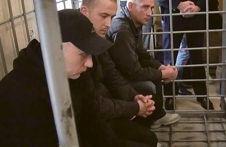У Харкові суд оголосив у розшук засуджених за теракт біля Палацу спорту