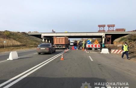 У Харкові слідчі затримали водія-мажора, учасника аварії зі смертельним наслідками (ФОТО)