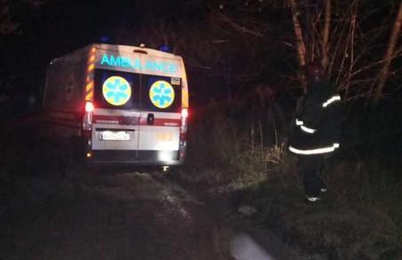 На Харківщині карети швидкої допомоги двічі застрягали у бездоріжжі (ФОТО)