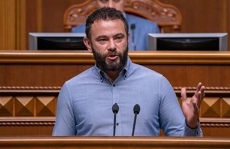 Арахамія каже, що «Слуги народу» не присвячуватимуть Дубінському окремого засідання фракції