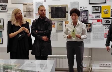 Харківська муніципальна галерея запрошує на «25»